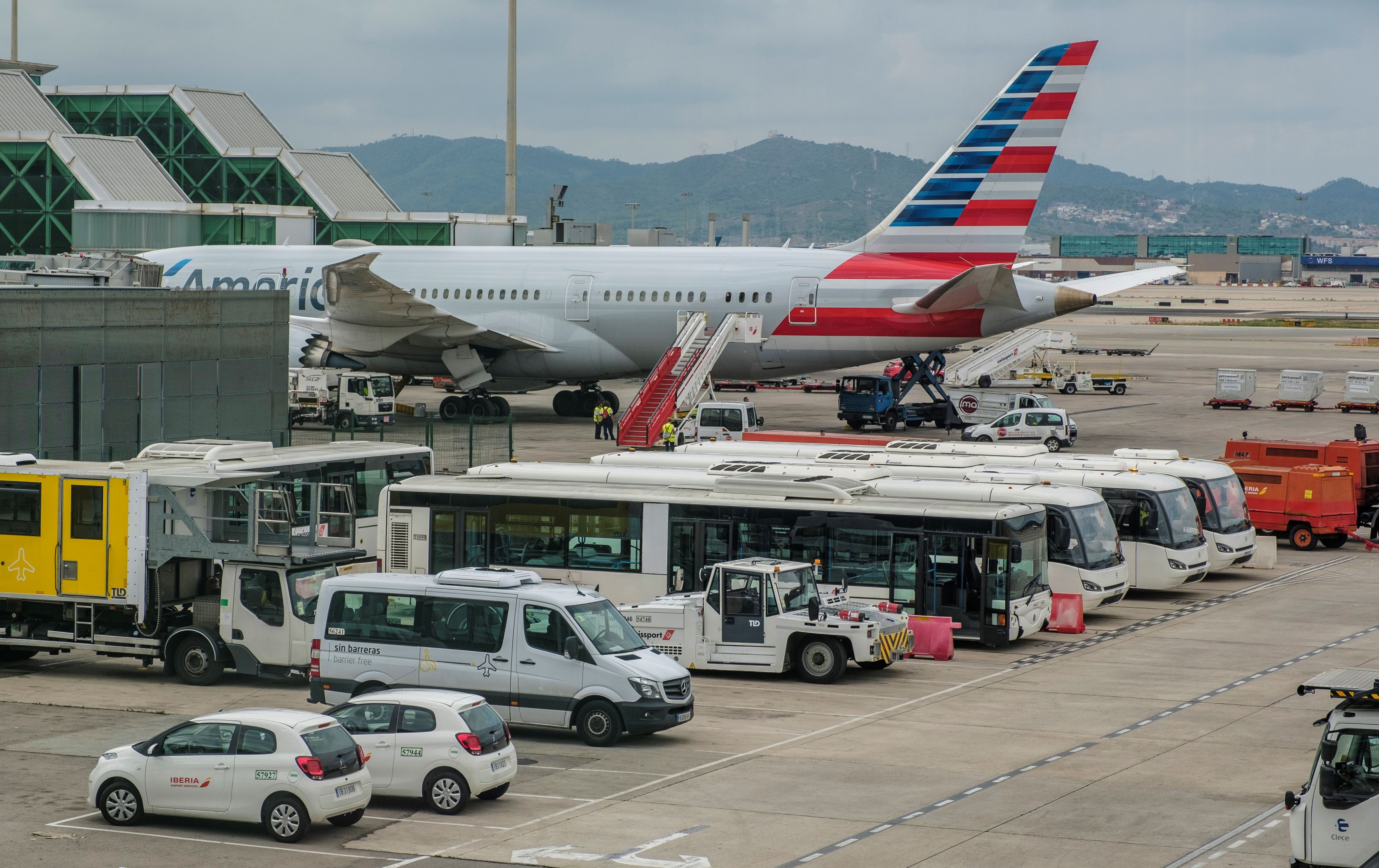 American Airlines Might Soon Stop You From Changing Your