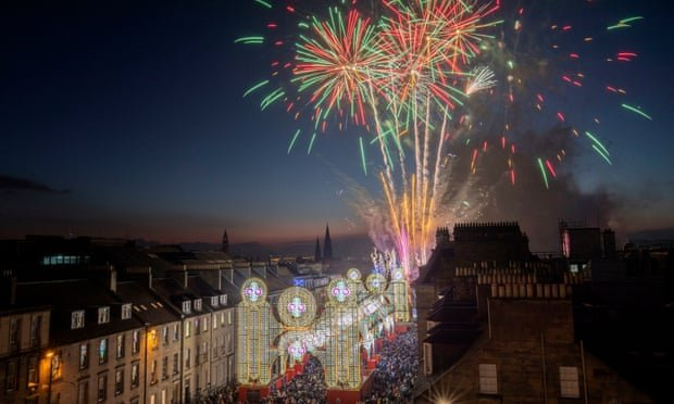 ideas for Christmas days out in the UK